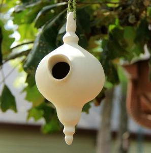 Birdhouse-pointy-top-bottom-s