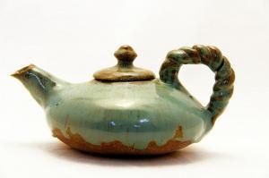Teapot-Blue-stoneware-s