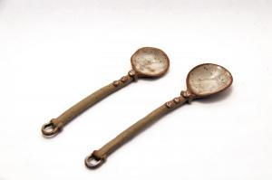 speckled-spoons-white-stoneware-s